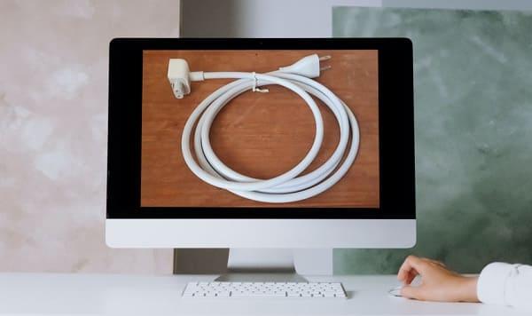 cabo de energia macbook pro não liga